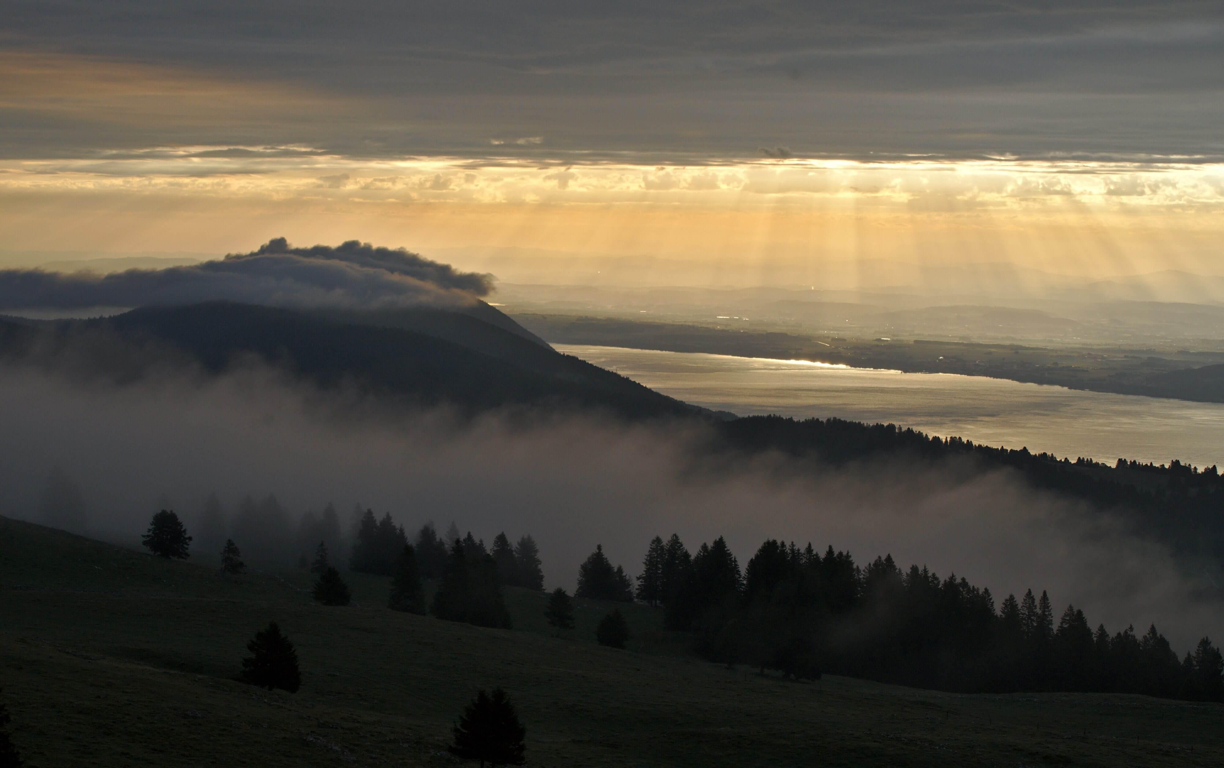 Suisse lac de Neuchatel